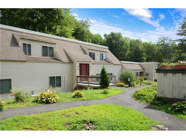 10 Carriage Dr, Simsbury, CT 06070