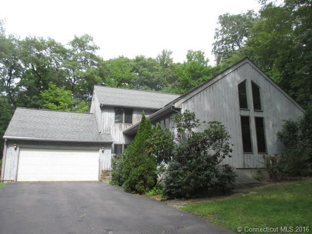 Photo of 13 Bennett Dr  Tolland  CT