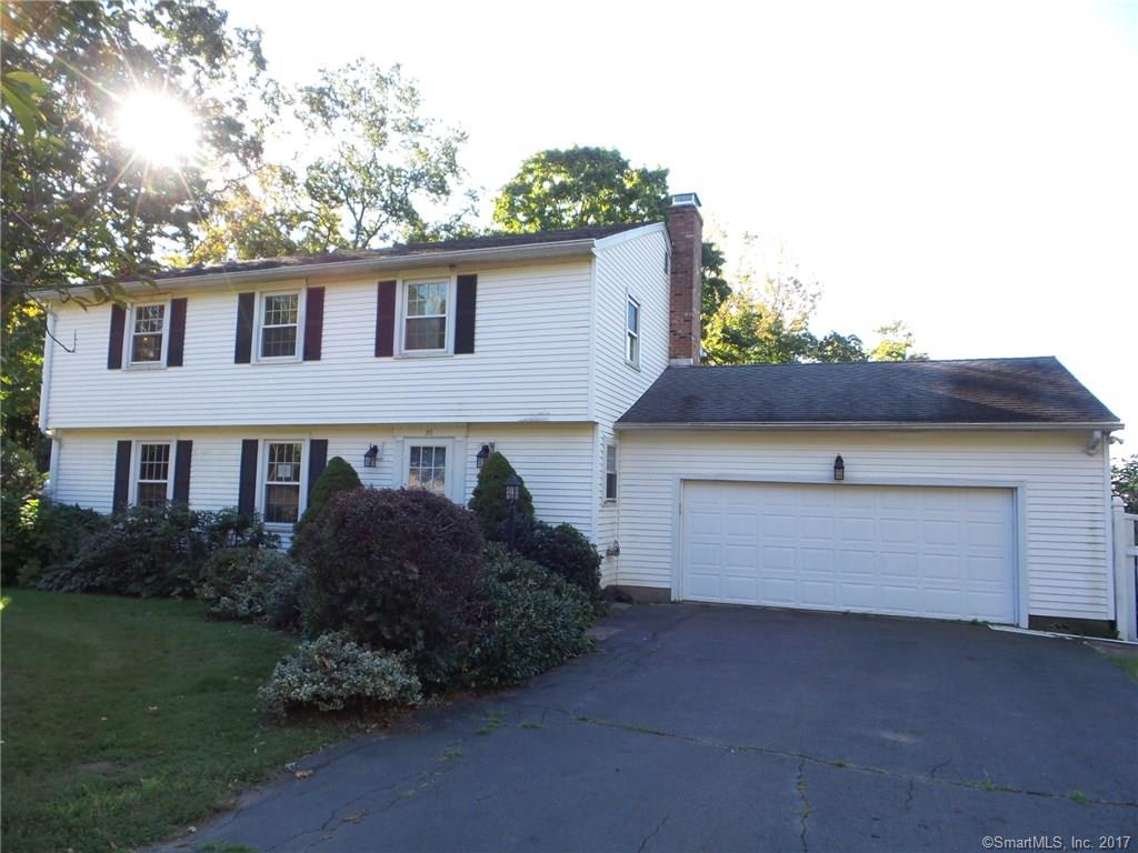Photo of 26 Lantern View Dr  Branford  CT