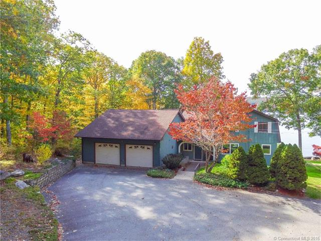 284 Lake Williams Dr, Lebanon, CT 06249