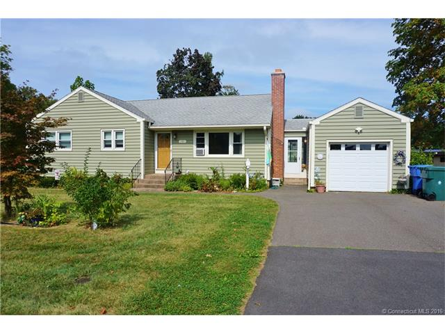 393 Hackmatack St, Manchester, CT 06040