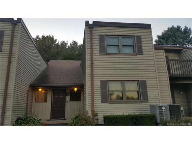 709 Twin Circle Dr, South Windsor, CT 06074