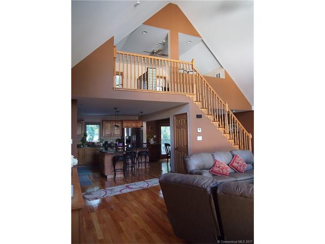 Contemporary,Ranch, Single Family - W Haven, CT (photo 5)