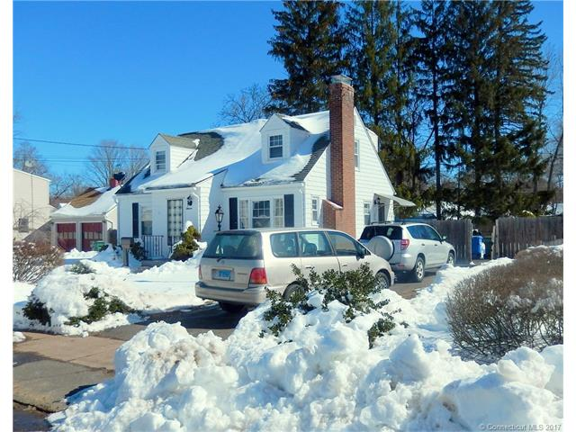 11 Ardmore Rd, Manchester, CT 06040