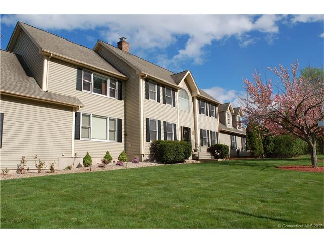 Photo of 2 Knoll Ln  Rocky Hill  CT