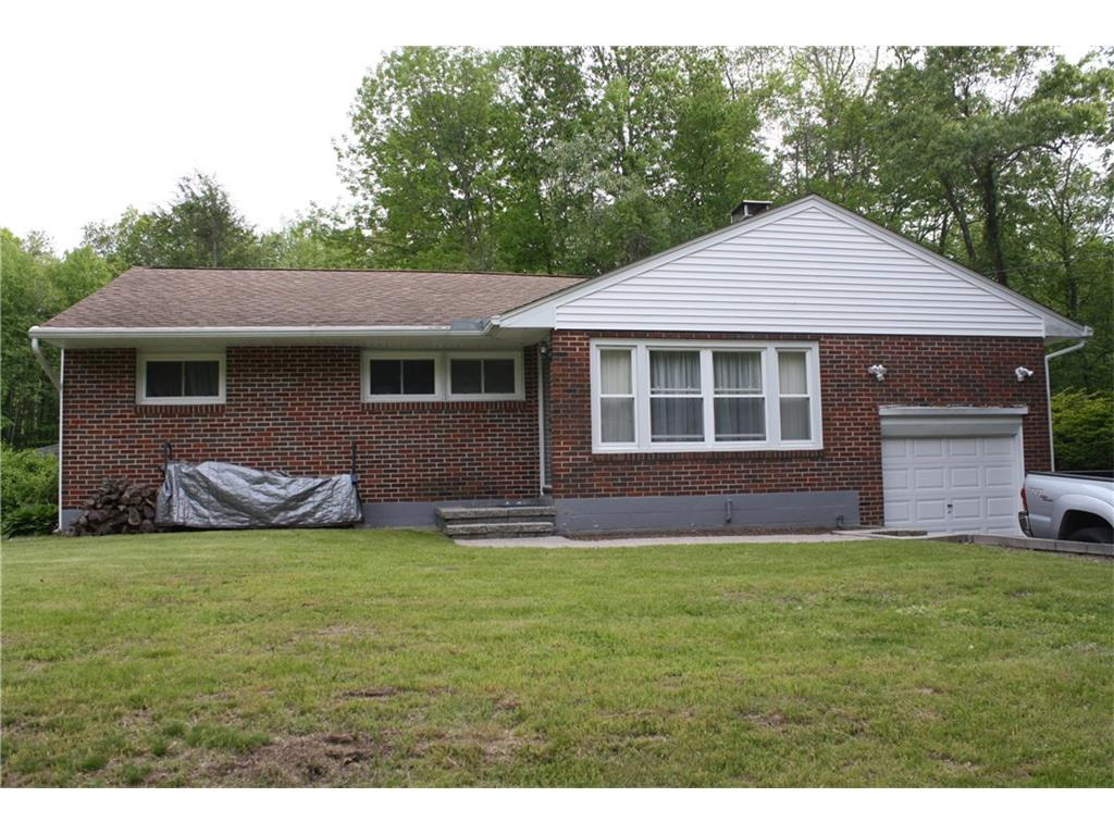 Photo of 188 Reynolds Drive  Coventry  CT