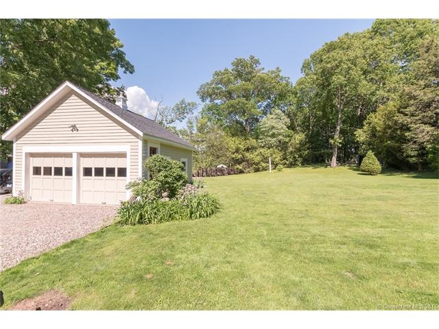 Single Family For Sale, Colonial,Victorian - Watertown, CT (photo 4)