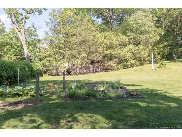 Single Family For Sale, Colonial,Victorian - Watertown, CT (photo 5)