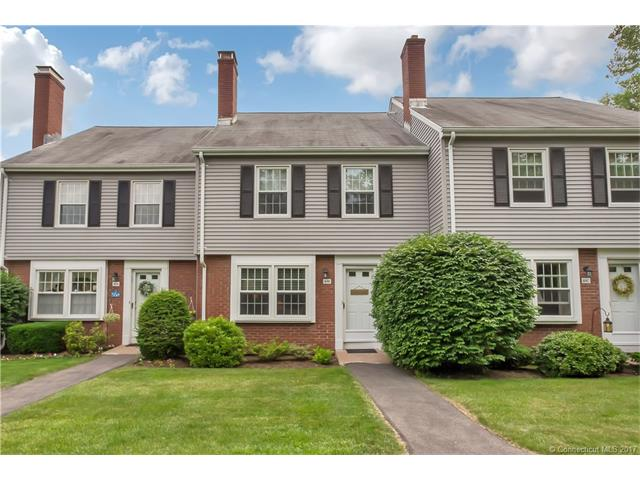 Photo of 10 Barrington Dr  Wethersfield  CT