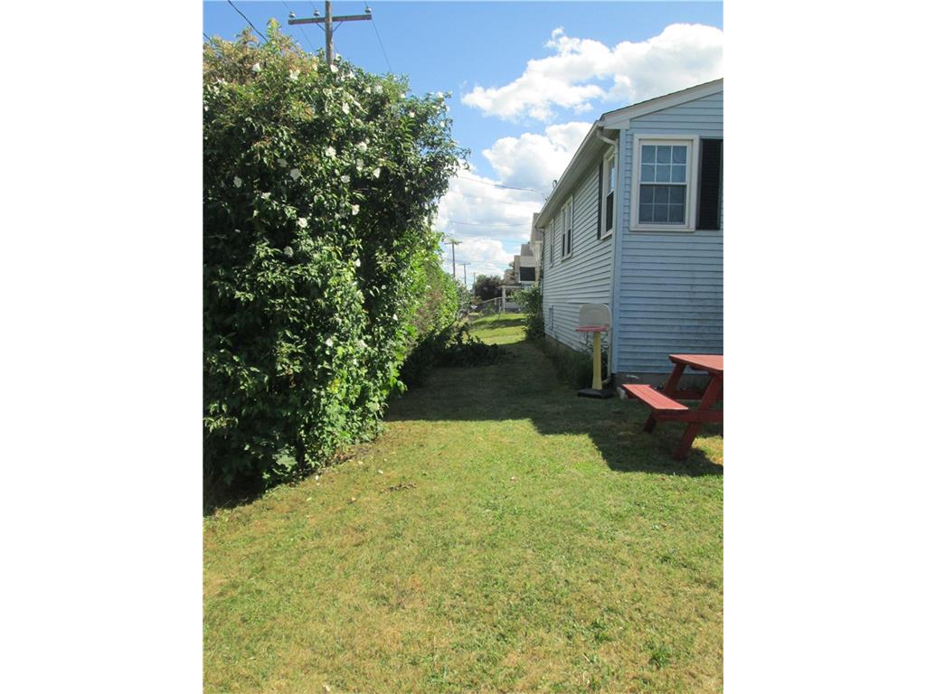 Photo of 105 Kelsey Street  New Britain  CT