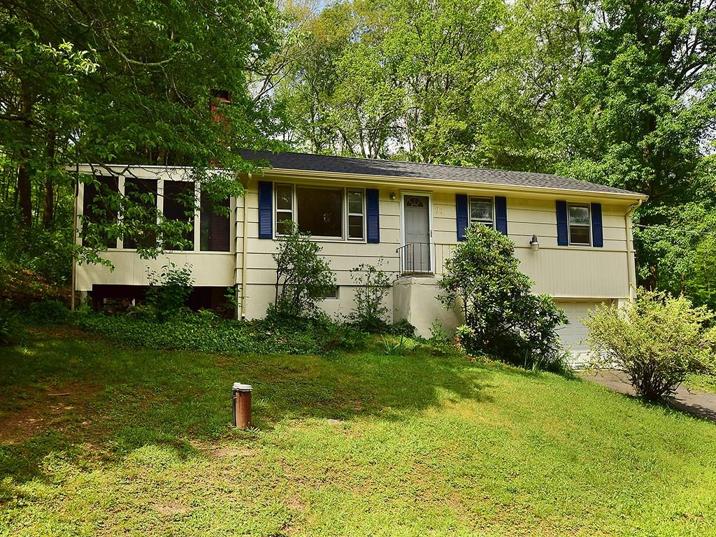 Photo of 33 Hickory Drive  Hebron  CT