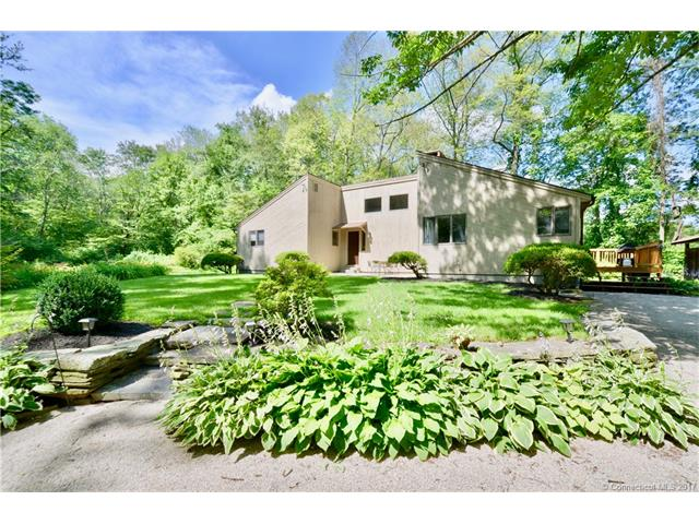 Photo of 132 Fox Hill Road  Pomfret  CT