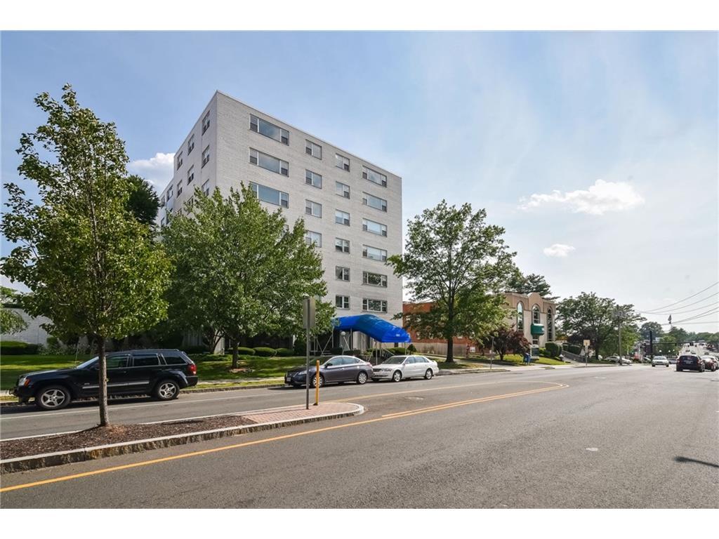 Photo of 893 Farmington Avenue  West Hartford  CT