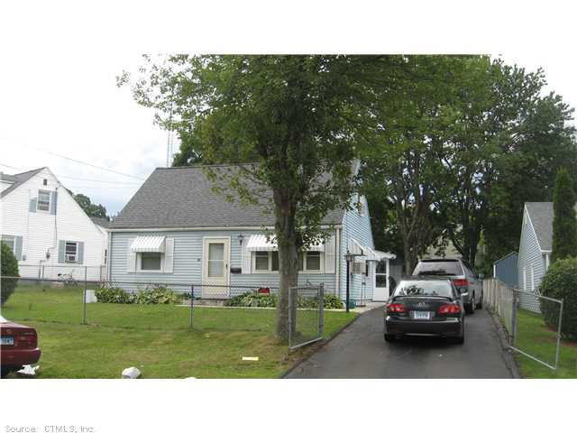 32 Ronald Rd, New Britain, CT 06053
