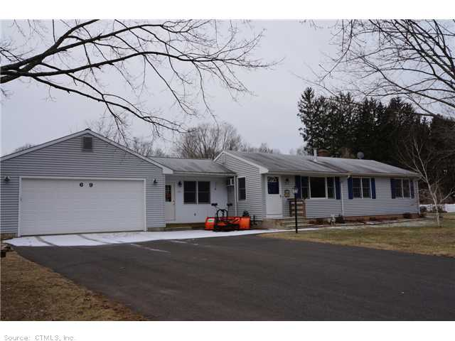 69 Edgewood Ct, Middlefield, CT 06455