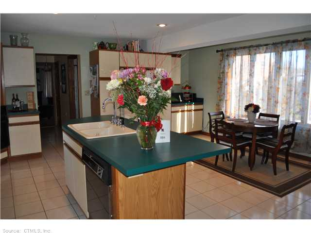 Rental Homes for Rent, ListingId:22461265, location: 68 FARM HILL RD Middletown 06457