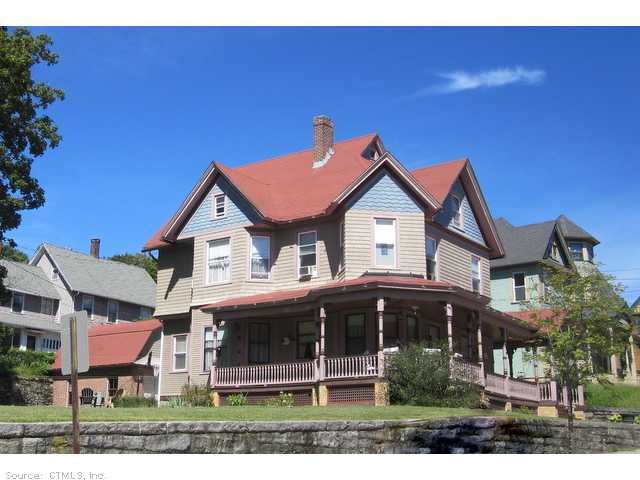 190 North St, Willimantic, CT 06226
