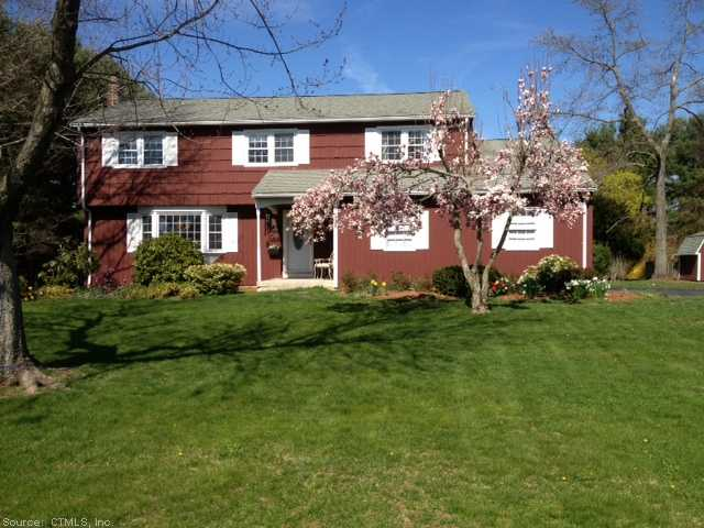 Real Estate for Sale, ListingId: 22935478, Simsbury, CT  06070