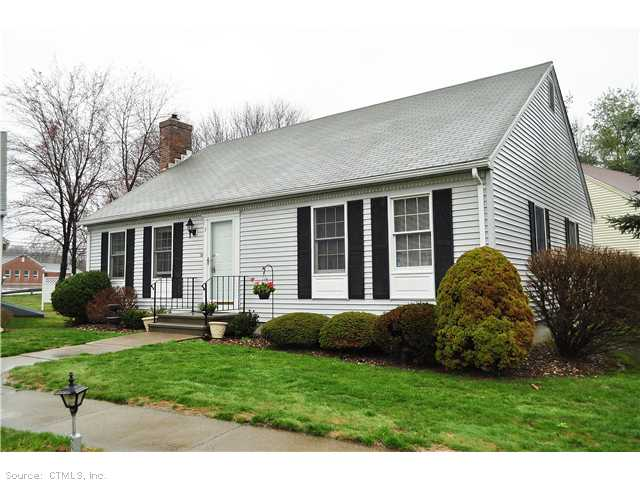 Real Estate for Sale, ListingId: 23063857, Suffield, CT  06078