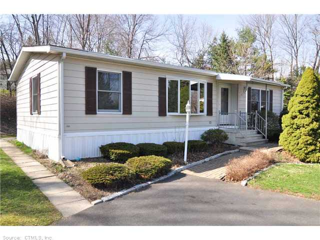 20 N Lakeside Dr, Terryville, CT 06786