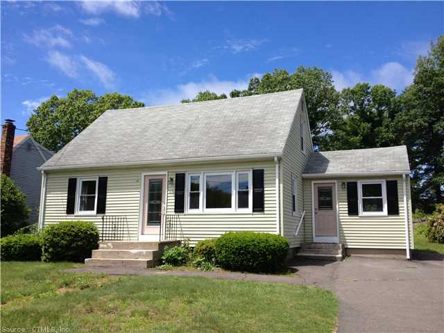 51 Peggy Ln, Farmington, CT 06032