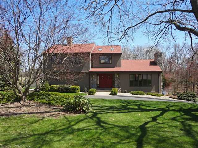 26 Sullivan Farm Rd, Broad Brook, CT 06016