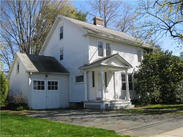 104 Trumbull Ave, Plainville, CT 06062