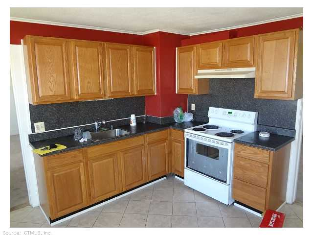 Rental Homes for Rent, ListingId:23332602, location: 322 MAIN ST 2ND FLOOR Plymouth 06782