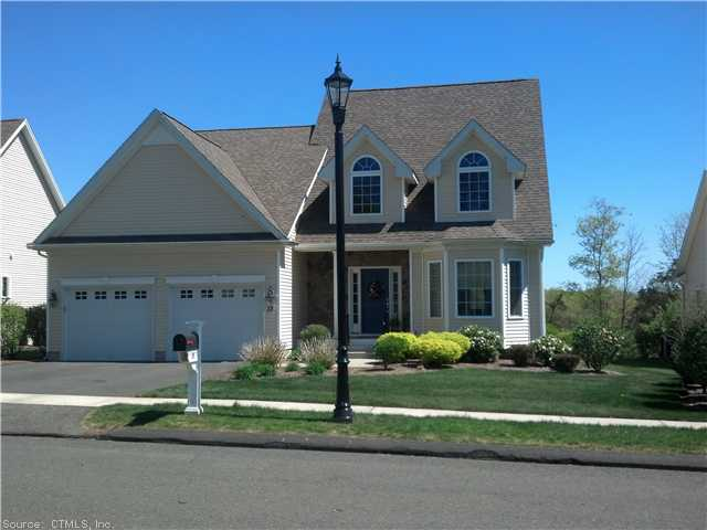 13 Concord Dr, Berlin, CT 06037