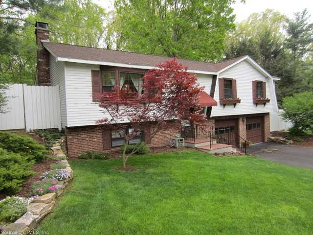 56 Quarry Brook Dr, South Windsor, CT 06074