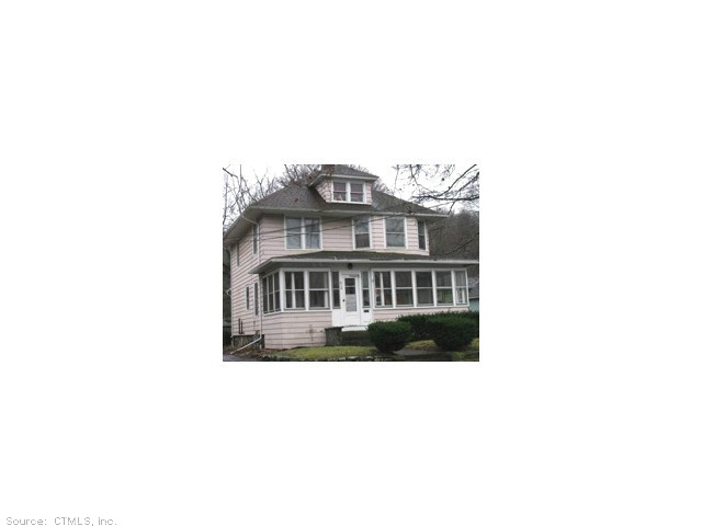 410 Pleasant St, Willimantic, CT 06226