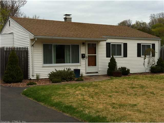 16 Audette Dr, Wallingford, CT 06492