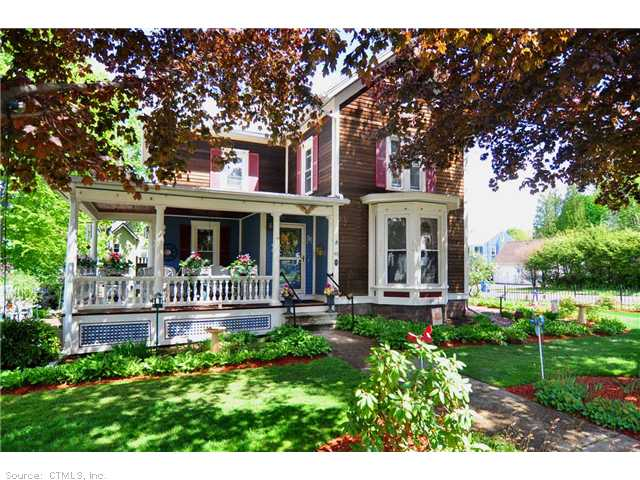 49 Woodland St, Bristol, CT 06010
