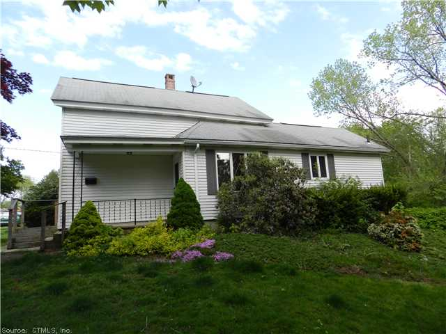 109 Walnut St, Putnam, CT 06260