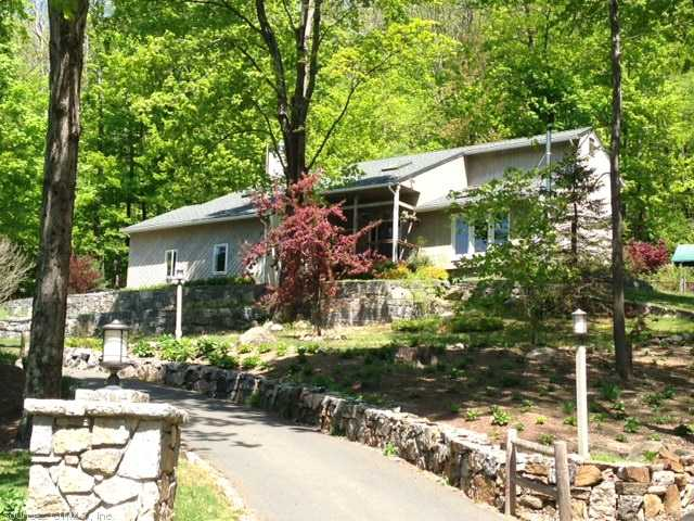 Real Estate for Sale, ListingId: 23631022, Canton, CT  06019