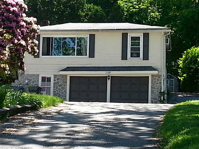 138 Card St, Willimantic, CT 06226