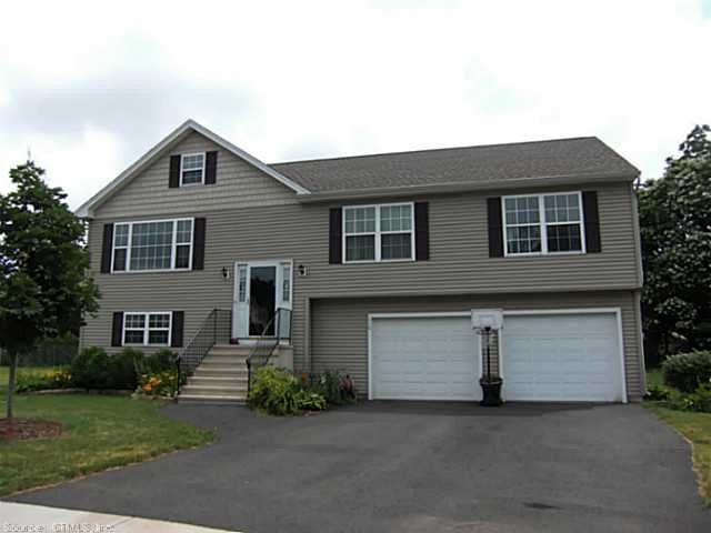 Rental Homes for Rent, ListingId:24217248, location: 110 FOOTPATH LN East Hartford 06118
