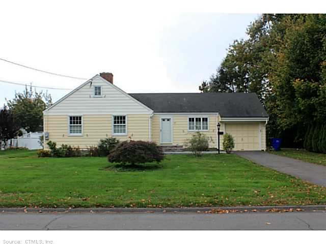 Rental Homes for Rent, ListingId:25782136, location: 17 CHESTERFIELD RD Wethersfield 06109