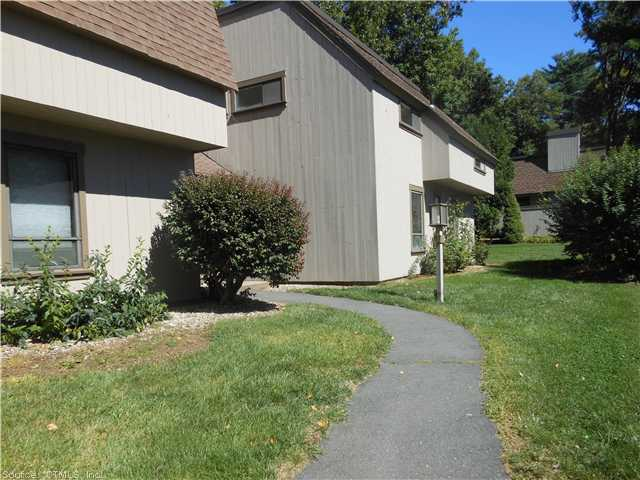 Rental Homes for Rent, ListingId:25799747, location: 38 GREAT MEADOW LN Farmington 06032