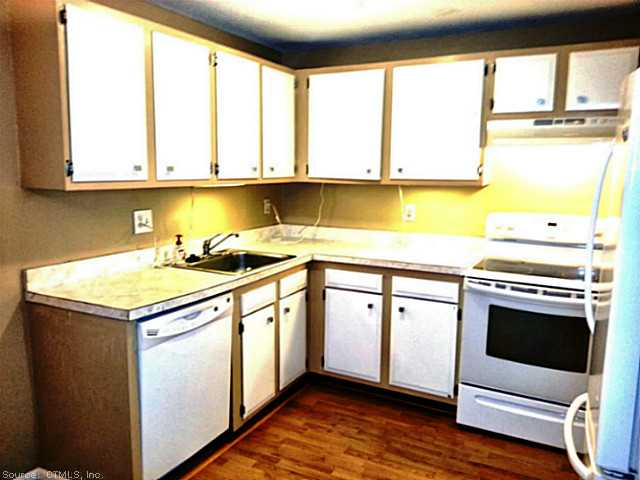 Rental Homes for Rent, ListingId:25919306, location: 565 TALCOTTVILLE RD Vernon 06066