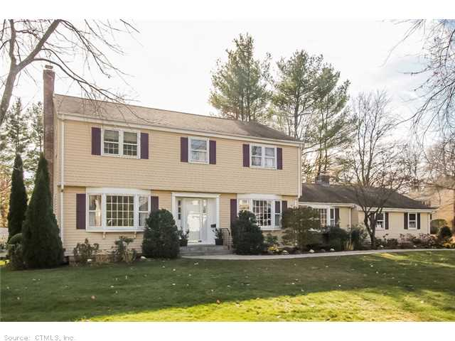 Real Estate for Sale, ListingId: 26018255, West Hartford, CT  06107