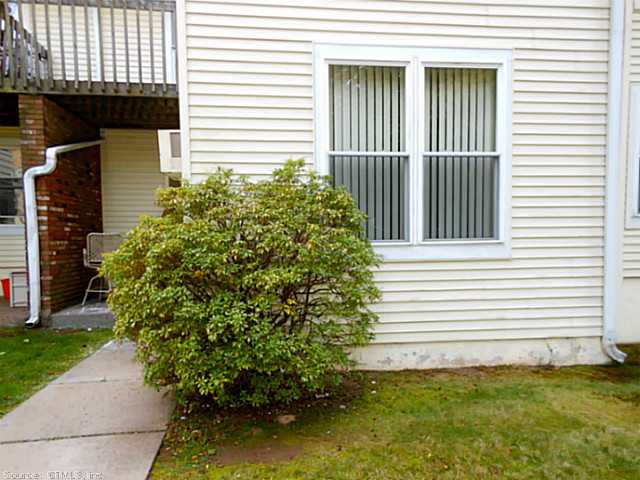 Rental Homes for Rent, ListingId:26106544, location: 949 PLEASANT VALLEY RD South Windsor 06074