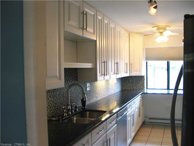 Rental Homes for Rent, ListingId:26112106, location: 25 HAWTHORN CT Cromwell 06416