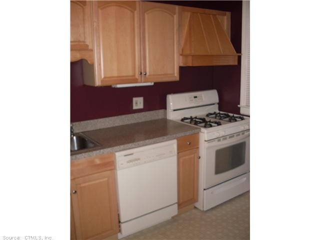 Rental Homes for Rent, ListingId:26171501, location: 25 FOREST ST Manchester 06040