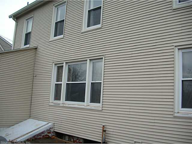 Rental Homes for Rent, ListingId:26171500, location: 4 NORTH ST Windsor Locks 06096