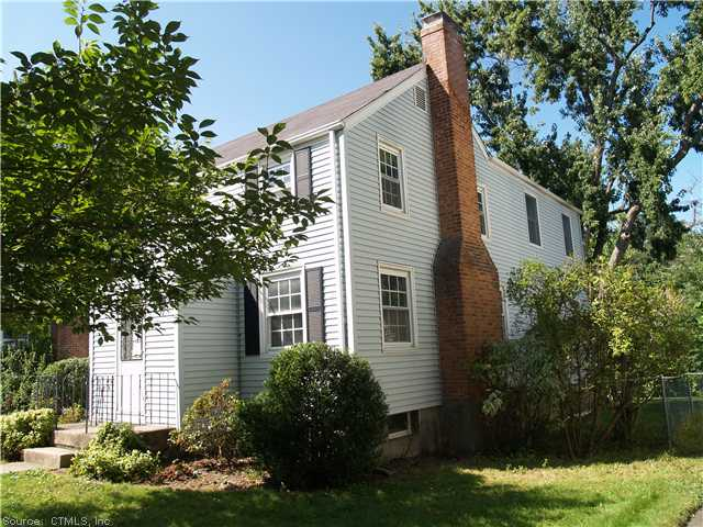Rental Homes for Rent, ListingId:26192617, location: 54 SAINT AUGUSTINE ST West Hartford 06110