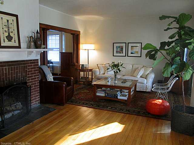 Rental Homes for Rent, ListingId:26208561, location: 42 LANCASTER RD West Hartford 06119
