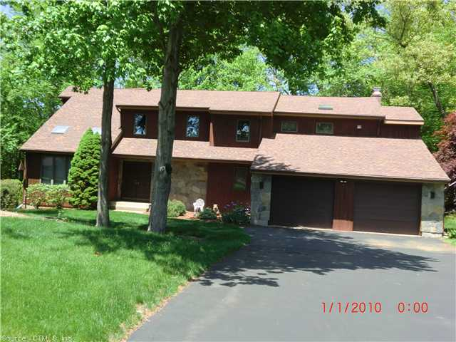 Real Estate for Sale, ListingId: 26585829, Manchester, CT  06040
