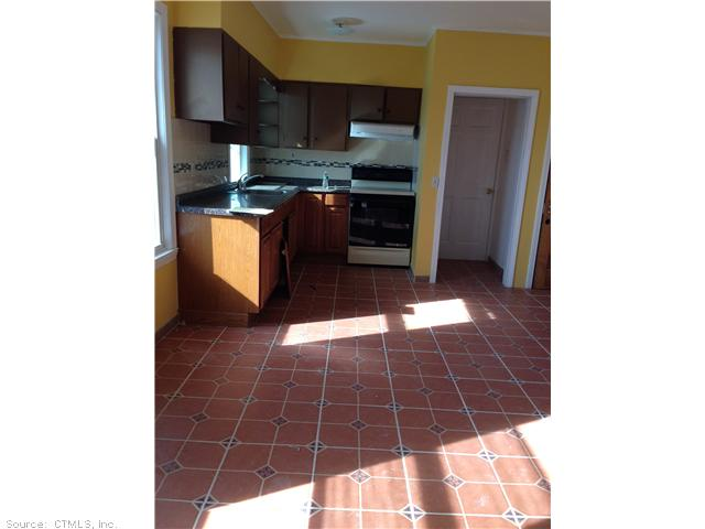 Rental Homes for Rent, ListingId:26888498, location: 236 OAK ST Waterbury 06705