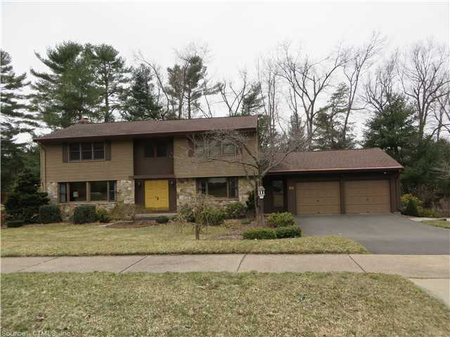 Real Estate for Sale, ListingId: 26974312, Manchester, CT  06040